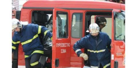 Τροχαίο στη Γλυφάδα – Απεγκλωβίστηκαν δύο επιβάτες